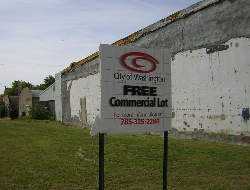 free commercial lot sign