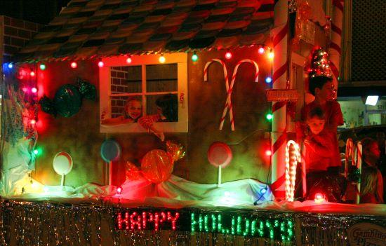 ... Credit image. Holiday decorating ...